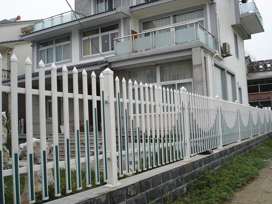 诸暨PVC塑钢护栏工程案例